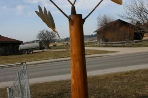 aus Cortenstahl,  Blätter drehbar gelagert Höhe ca 250 cm